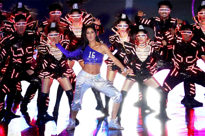 Katrina Kaif mesmerised the audience with her mean moves