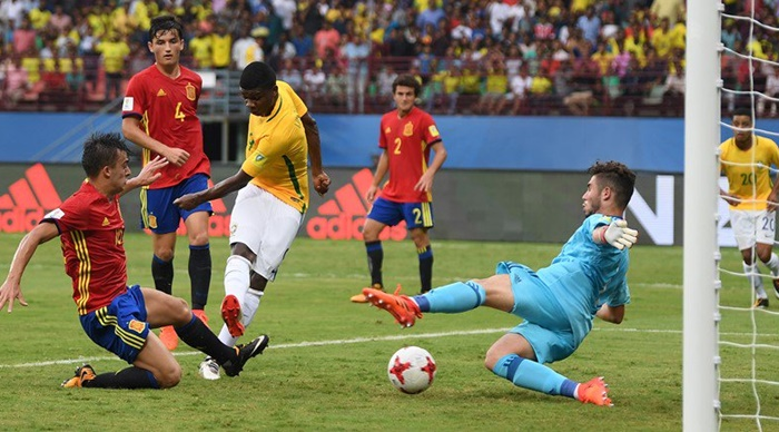 Brazil's Lincoln scores against Spain