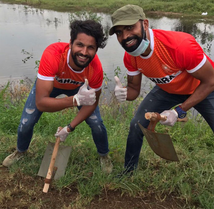 Hockey stars Rupinder Pal Singh and PR Sreejesh participate in the Swacch Bharat Week on Tuesday