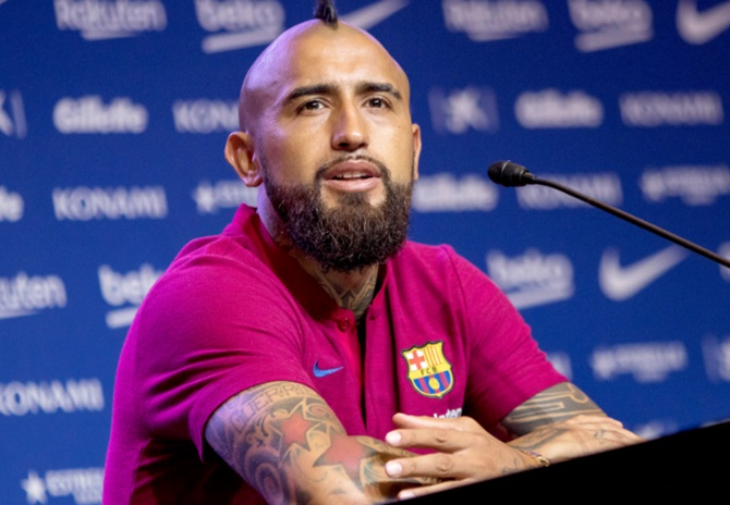 New Barca signing Vidal determined to win three Champions Leagues