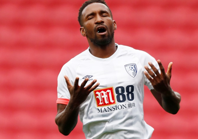 At 35, can Defoe rise in EPL scoring chart?