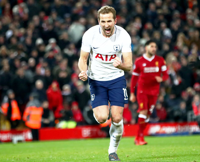 EPL PHOTOS: Last-gasp Kane penalty earns Spurs draw at Liverpool