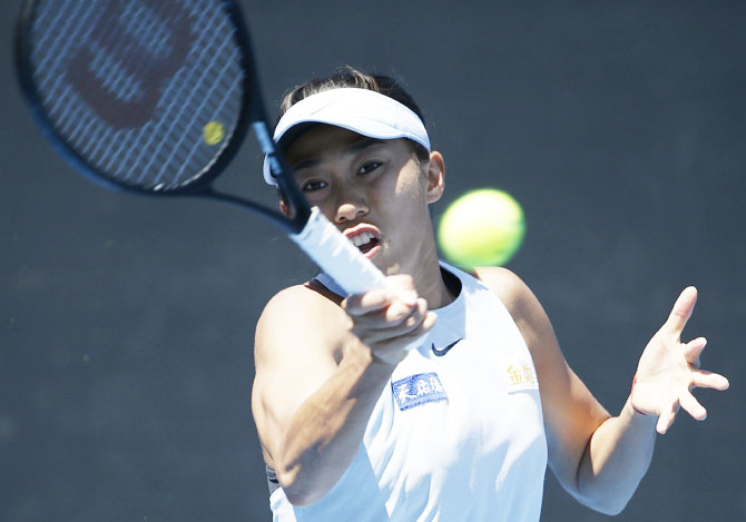 China's Zhang Shuai playa a return against Czech Republic's Denisa Allertova