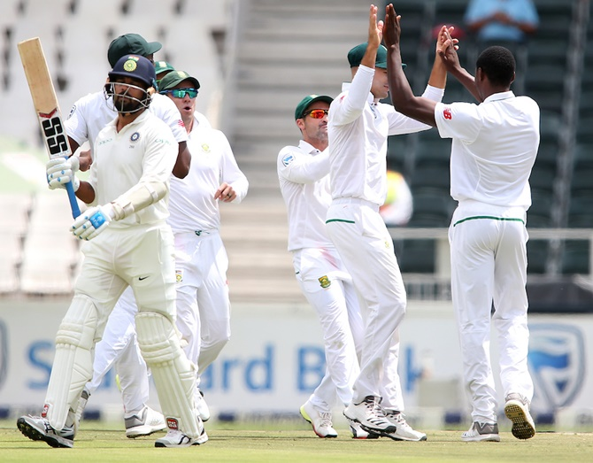 3rd Test: India's batsmen crumble as SA pacers dominate Day 1