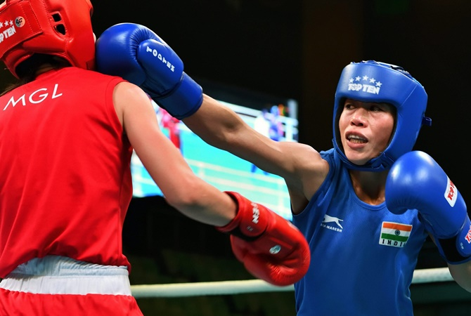 World C'ships: Mary Kom punches way into quarters