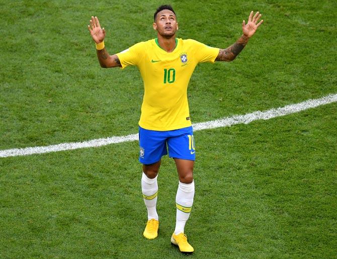 Real Madrid say Neymar bid report 'absolutely untrue'