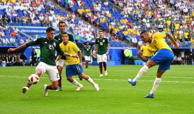 Brazil firm as bookmakers' favourites for World Cup