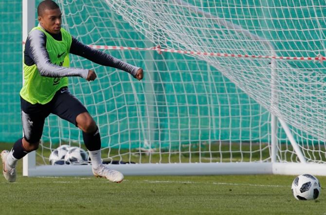 Stop Mbappe! Uruguay's tactic v France for quarter-final