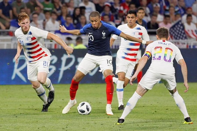 Unconvincing displays from France and Spain in final friendlies