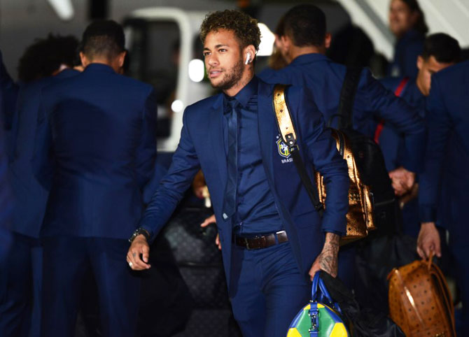 Neymar arrives in Sochi on Monday