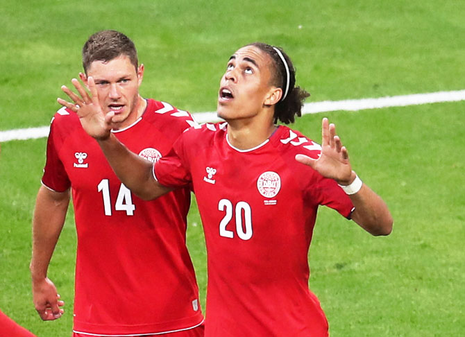World Cup PIX: Poulsen goal powers Denmark to 1-0 win over Peru