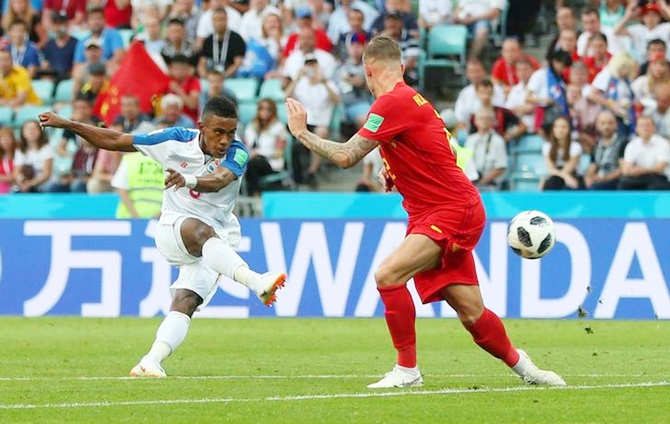 Panama's Edgar Barcenas shoots at goal.