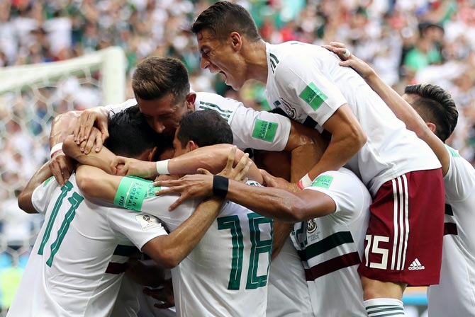 World Cup: Mexico outclass South Korea; close in on last 16