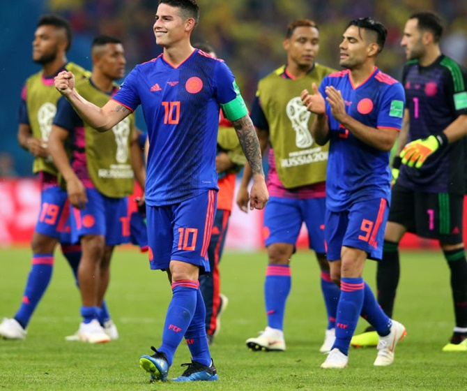 World Cup PIX: Clinical Colombia send Poles packing