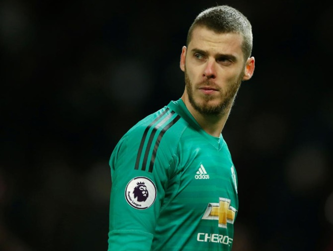 Soccer Extras: De Gea signs new deal with United