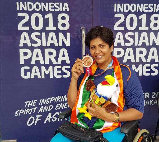Deepa Malik joins Bajrang for Khel Ratna