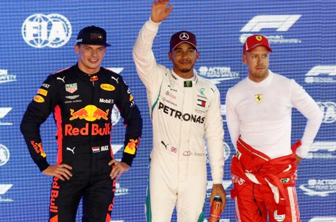Rediff Sports - Cricket, Indian hockey, Tennis, Football, Chess, Golf - Singapore GP: Hamilton storms to stunning pole