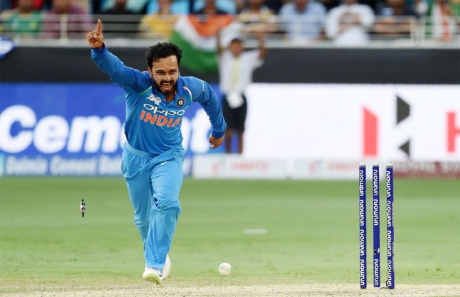 Kedar Jadhav fit to travel with Team India for World Cup