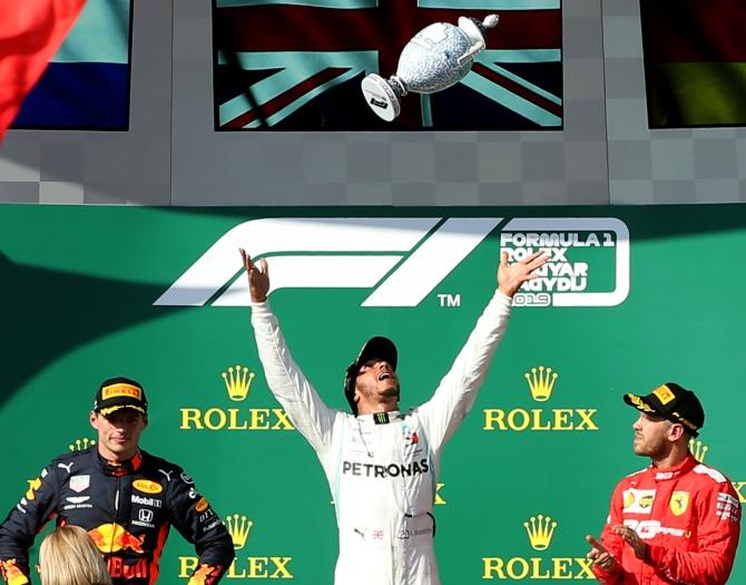 A Mercedes masterstroke keeps Max Verstappen at bay