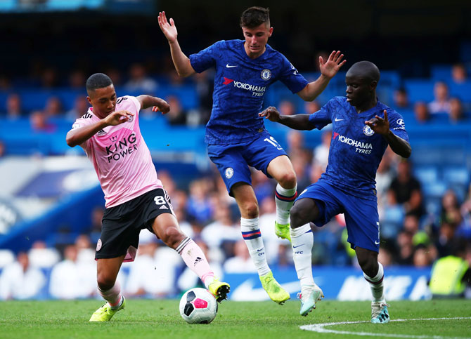 Leicester City's Youri Tielemans vies with Chelsea's Mason Mount and N'Golo Kante