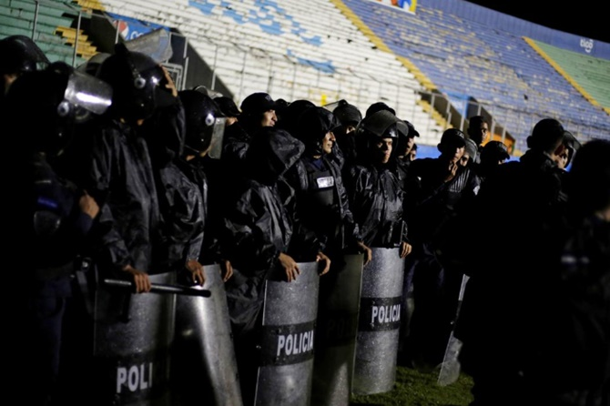 Honduras football riots leave four fans dead