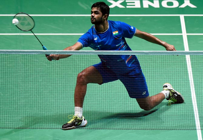 World Championships: Praneeth enters quarters