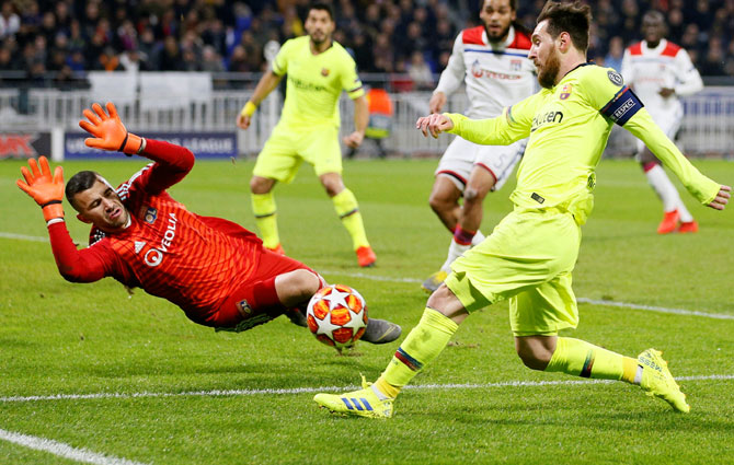 Rediff Sports - Cricket, Indian hockey, Tennis, Football, Chess, Golf - PIX: Wasteful Barca held by Lyon; Bayern frustrate Liverpool