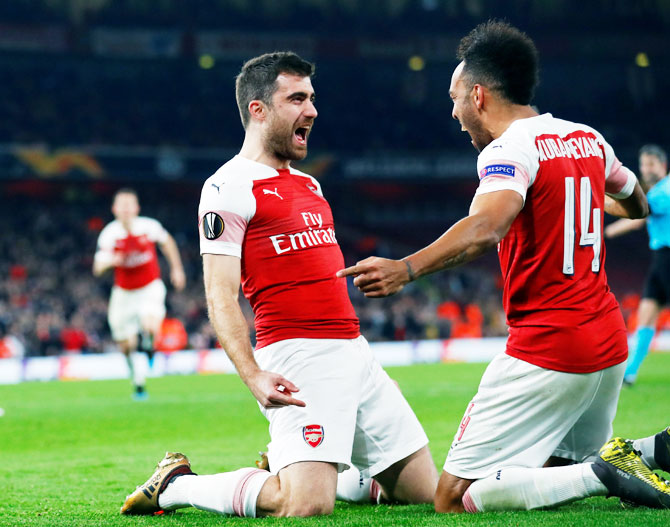 Rediff Sports - Cricket, Indian hockey, Tennis, Football, Chess, Golf - Europa League PIX: Arsenal, Chelsea storm into last 16