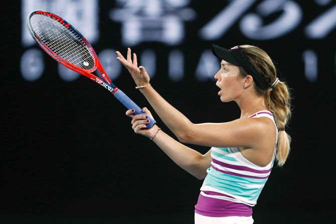 Danielle Collins makes her frustration known during match against Petra Kvitova