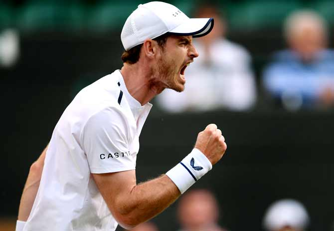 Murray roars past Cuevas into Antwerp quarter-finals