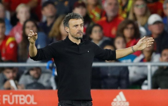 Extras: Enrique quits as Spain coach for personal reasons