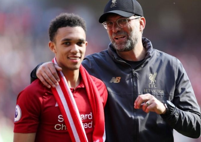 Extras: Alexander-Arnold in Guinness Records