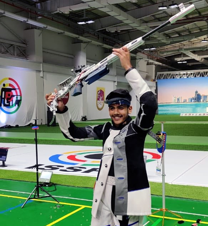 Aishwary, Chinky strike gold at shooting World Cup