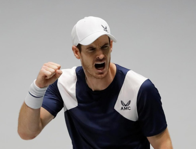 Davis Cup Finals: Murray gives Britain lead, Serbia win