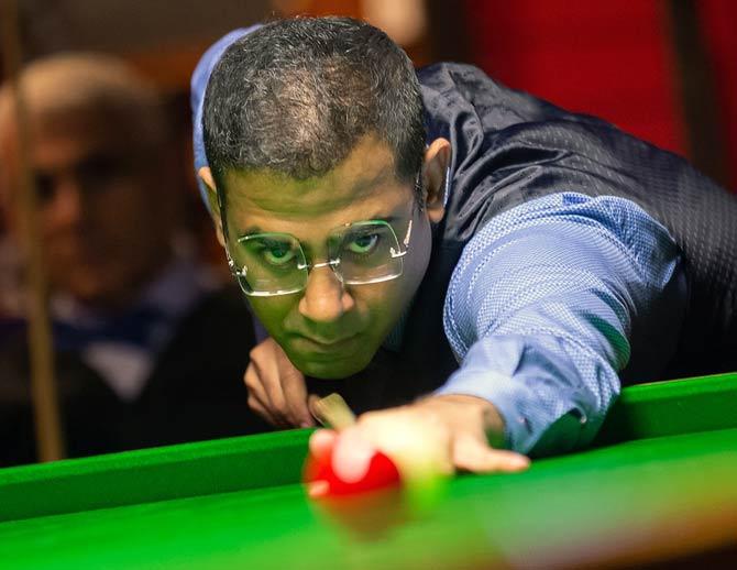 Kothari beats Russell to enter World Billiards final