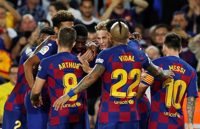 Barca-Real clash set for Dec 18 amid Catalan crisis