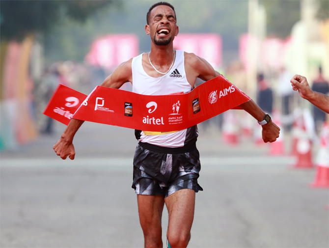 Belihu, Gemechu defend titles at Delhi Half Marathon