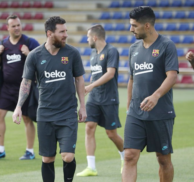 Fit-again Messi trains ahead of Champions League game
