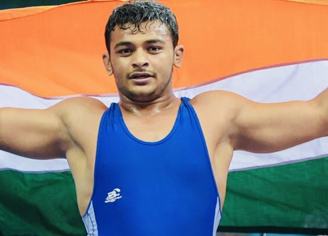 Wrestling: Deepak pulls out of final, settles for silver