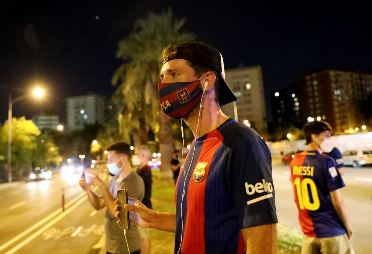 Fans outside the Camp Nou