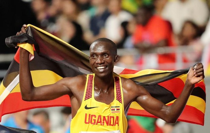 Uganda's Cheptegei smashes 5km World record
