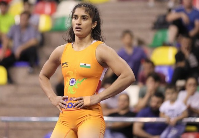 Asian Wrestling: Vinesh, Anshu Malik win bronze