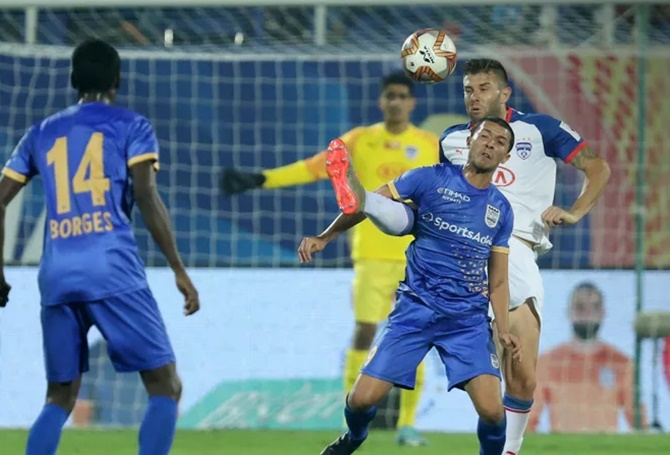 Mumbai City beat BFC to brighten chance of top-4 finish