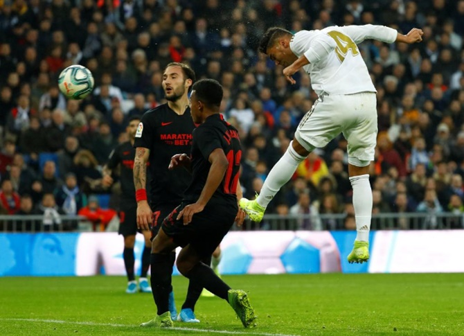 Casemiro double as Real see off Sevilla