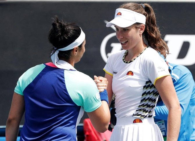 Aus Open: British No 1 Konta loses at first hurdle