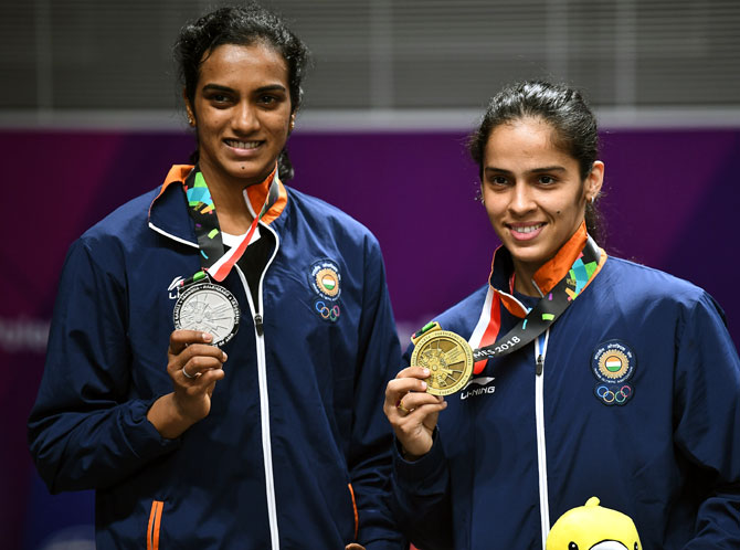 Was tough managing Saina, Sindhu together: Gopichand