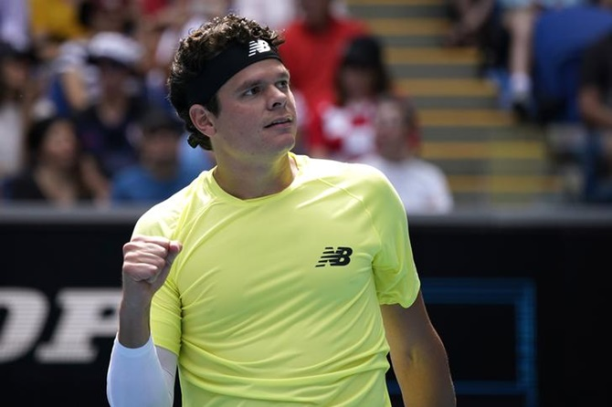 AO PHOTOS: Raonic, Kvitova make last 8