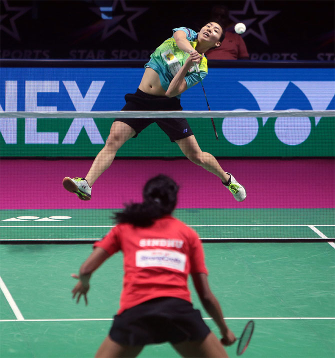 PBL: Canada's Li thrashes World champion Sindhu