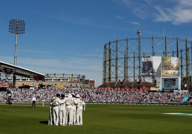 Surrey plan to stage county cricket despite COVID-19