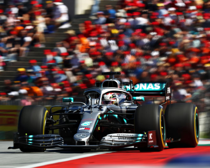 Austria gives OK to crowd-free F1 races on July 8, 12